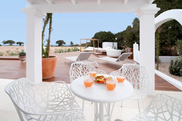 Hotel Pictures: Bungalows Paraíso de los Pinos, Sant Francesc Xavier