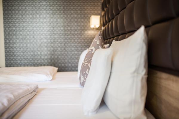 Hotelbilleder: Hotel-Restaurant Barbarossahof, Kaiserslautern