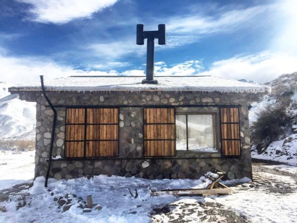 Foto Hotel: Yaca Cabañas de montaña, Los Molles