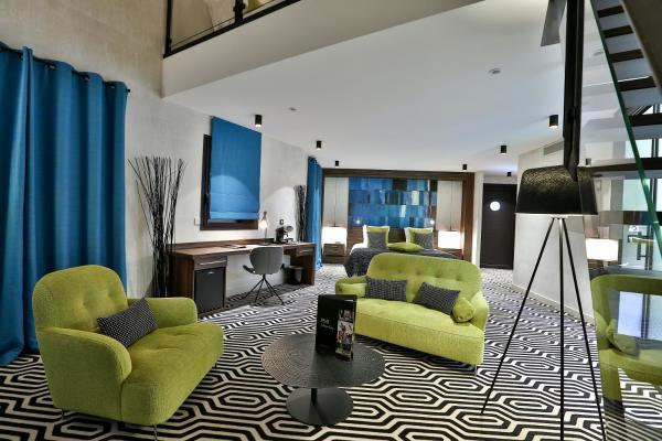 Hotel Pictures: Hôtel Baud - Chateaux et Hotels Collection, Bonne-sur-Ménoge