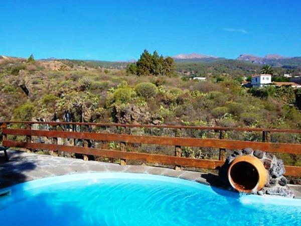 Hotel Pictures: Holiday Home Casa Rural La Venta - La Atarjea, Las Vegas
