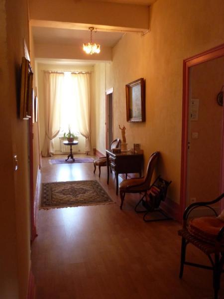 Hotel Pictures: Château Gourdet Maison d'Hôtes, Saint-Mariens