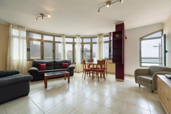 Hotel Pictures: Almansa Apartment, Guanarteme