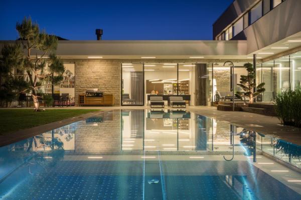 Photos de l'hôtel: Luxus Ferienhaus mit Pool - Kärnten, Spittal an der Drau