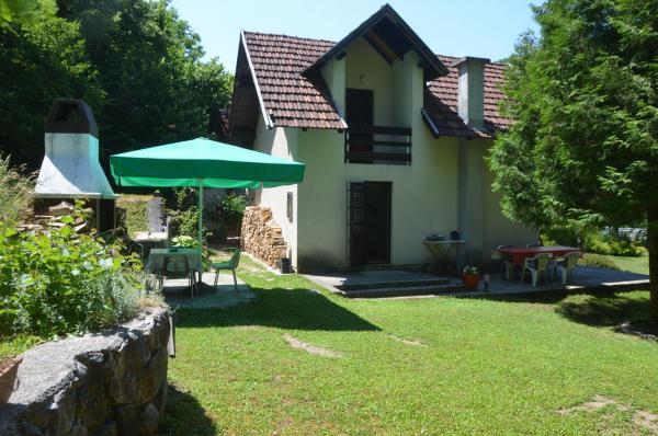 Fotos do Hotel: Holiday home uz Unu, Ostrožac