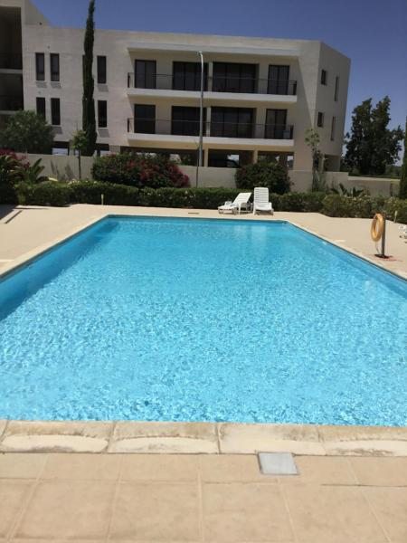 Hotel Pictures: Apartment in Mazotos Cyprus, Mazotos