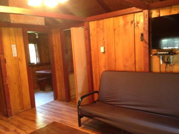 Hotel Pictures: Addison's Bungalows, Brisco