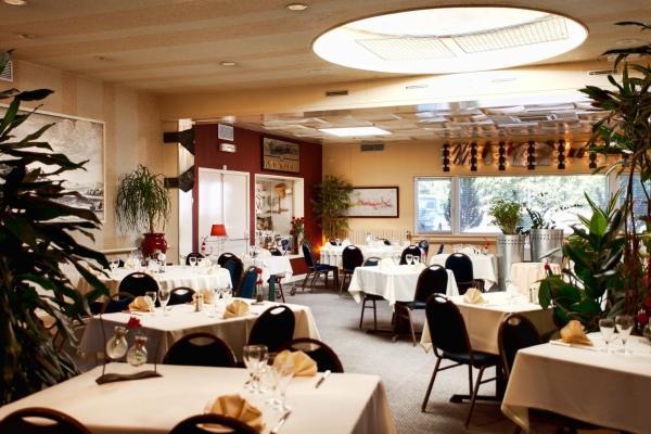 Hotel Pictures: , Montigny-le-Roi