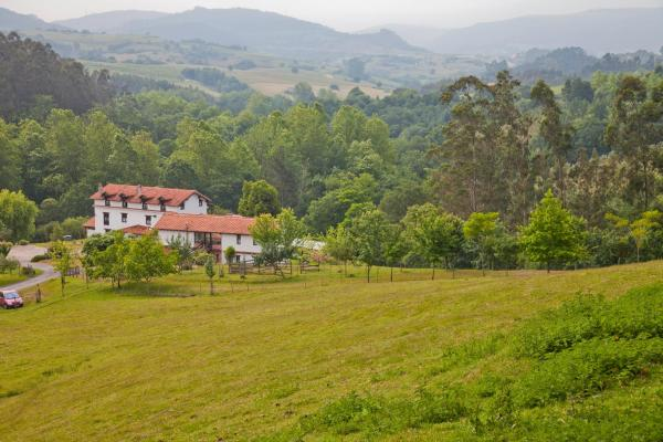 Hotel Pictures: Posada La Charola, Lamadrid