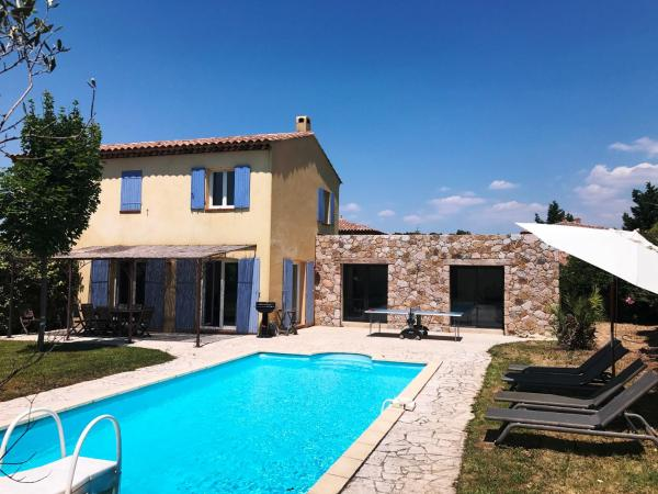 Hotel Pictures: Villa Corsica, Bouc-Bel-Air