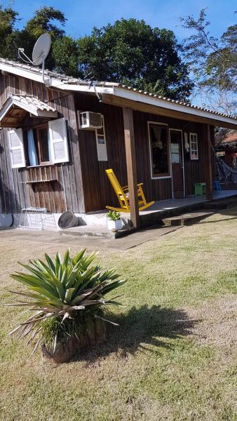 Hotel Pictures: Chalé Encantado - Praia do Rosa, Barra de Ibiraquera