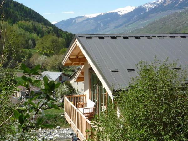 Hotel Pictures: Gite d'etape Caramelli Lodge, Landry