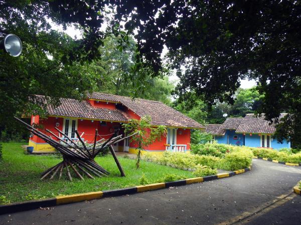 Hotel Pictures: Eco Hotel El Castillo, Cali