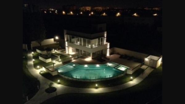Hotel Pictures: Nordelta Coral Plaza, Benavídez