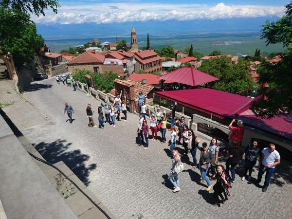 Hotel Pictures: Cascade Hostel & Tours, Yerevan
