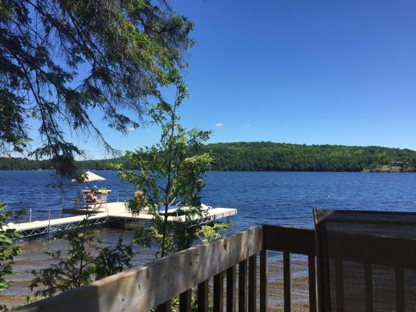 Hotel Pictures: White Pine Cottages on Lake St. Peter, Lake Saint Peter