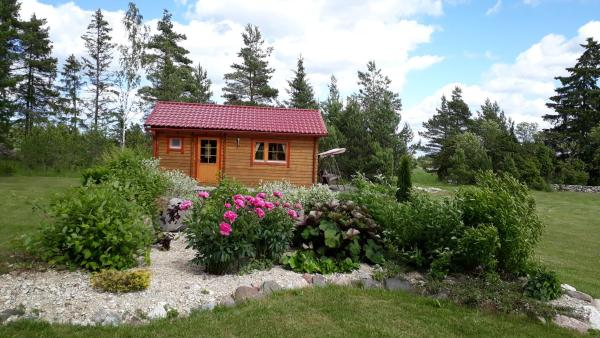 Hotel Pictures: Männiste Holiday Home, Hiievälja