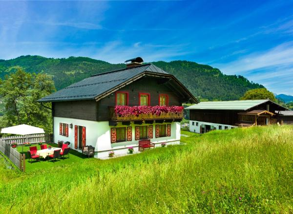 Hotel Pictures: Chalet Hinterweiding-Gut, Sankt Veit im Pongau