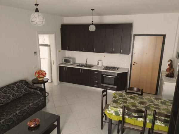Hotellikuvia: Apartament For Rent, Vlorë