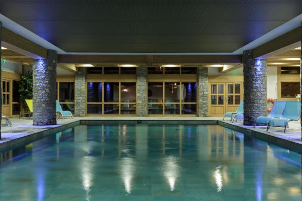 Hotel Pictures: CGH Résidences & Spas La Grange aux fées, Valmorel