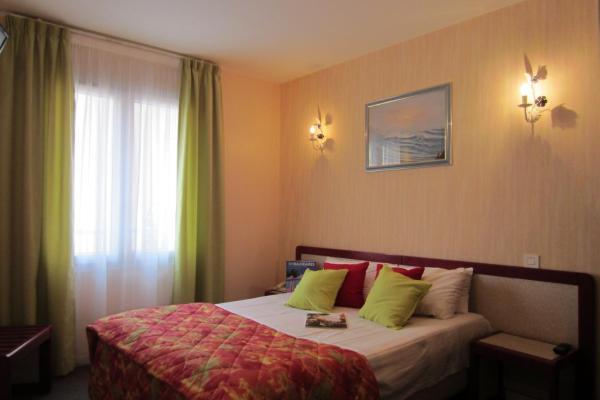 Hotel Pictures: Hôtel D'Angleterre, Les Sables-d'Olonne