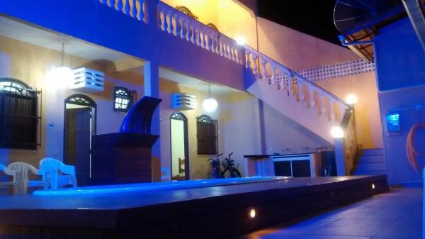 Hotel Pictures: Casa de Praia em Alcobaça com Piscina, Alcobaça