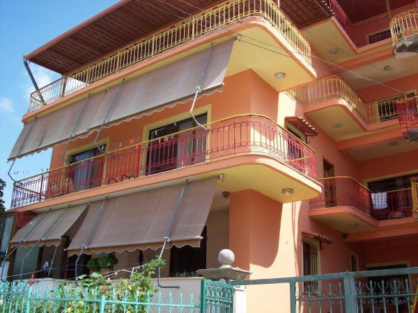 Фотографии отеля: Apartamente plazhi, Саранда