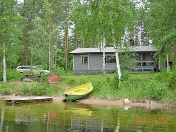 Hotel Pictures: Holiday Home Mustalahti, Ollila