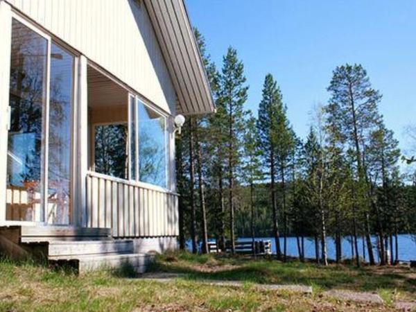 Hotel Pictures: Holiday Home Kallio, taivallahden lomamökit, Kesäniemi
