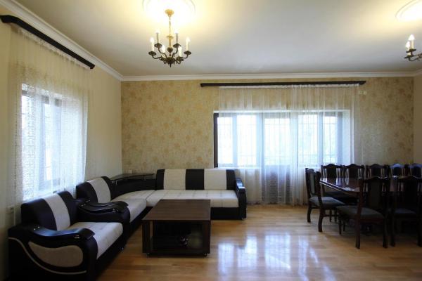 Zdjęcia hotelu: Villa de La Nova, Ptghni