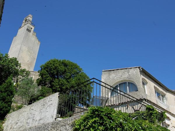 Hotel Pictures: Appartement - Chamaret, Chamaret