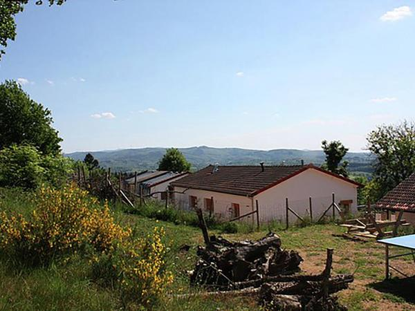 Hotel Pictures: Gite - Châtel-Montagne gite 1 corner, Châtel-Montagne
