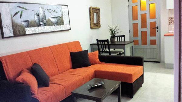 Hotel Pictures: Apartamento Crisantemo, Telde