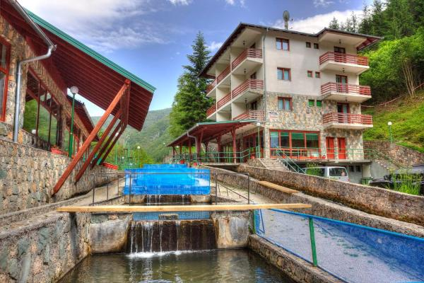 Hotellikuvia: Paradise Hotel and Resort, Bugojno