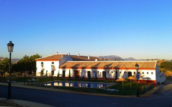 Hotel Pictures: Camping Pueblo Blanco, Olvera