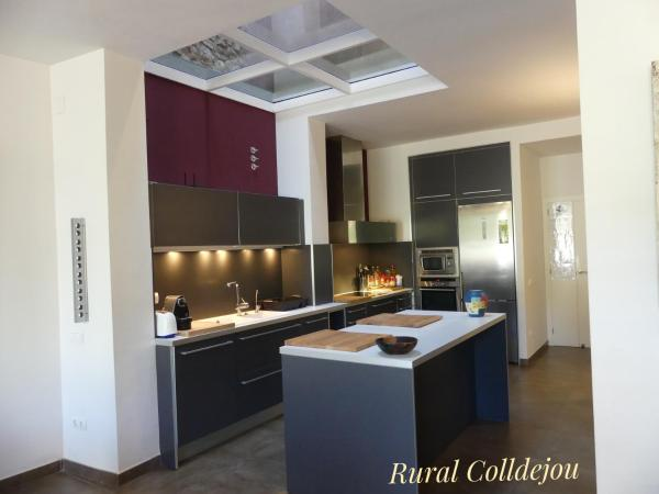 Hotel Pictures: Rural Colldejou Cal Rovellat, Colldejou