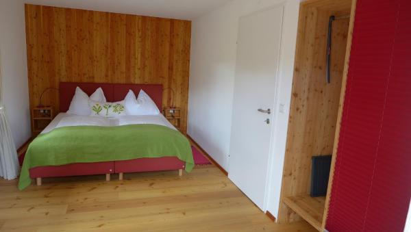 Foto Hotel: Gasthof Schallerwirt, Krakauebene