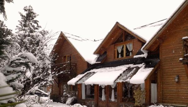 Foto Hotel: Huellas Andinas, Villa La Angostura