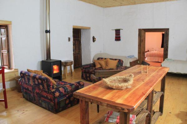Hotel Pictures: Casa Amarilla, Rari