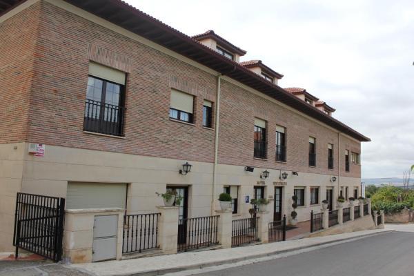 Hotel Pictures: Casa Martín, Poza de la Sal