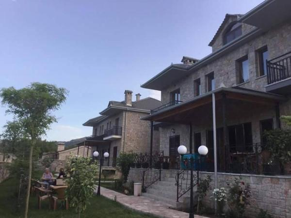 Hotelbilleder: Vila Panorama Voskopoje, Voskopojë