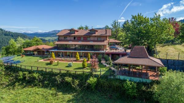 Hotel Pictures: Relais du Silence Hotel & Spa Etxegana, Zeanuri