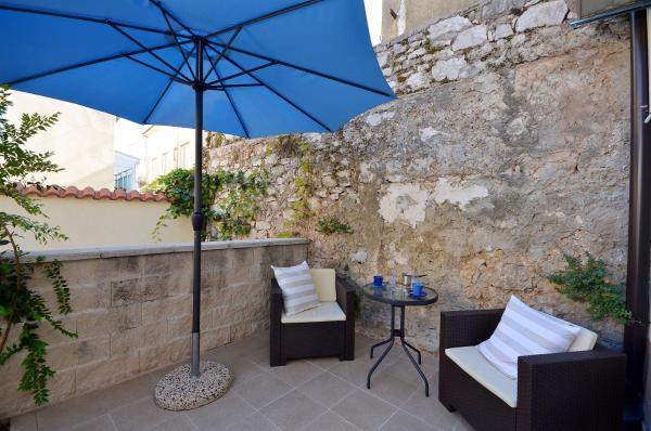 Foto Hotel: Apartment Marijana, Vodice