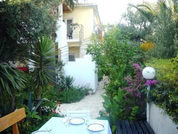 Hotel Pictures: Apartments Tonka, Orebić