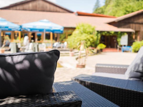 Hotelbilleder: WAGNERS Hotel + Restaurant im Frankenwald (vormals Aparthotel Frankenwald), Steinwiesen