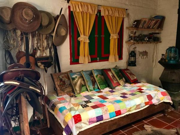 Hotel Pictures: Finca El Granadillo, Popayan