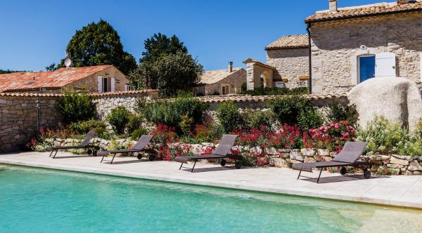 Hotel Pictures: Domaine d'Aubignane, Redortiers