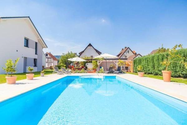 Hotel Pictures: Gaestehaus-Lehne-Fewo-1, Boffzen