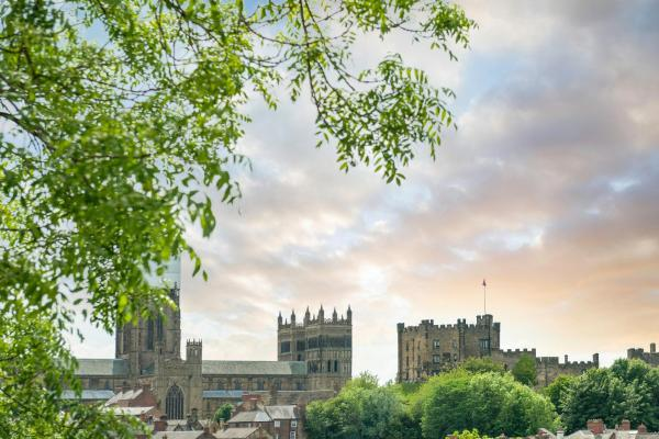 Hotel Pictures: Durham Cathedral View Suites, Durham