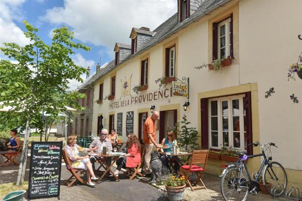 Hotel Pictures: Auberge De La Providence, Saint-Donat
